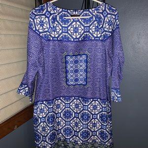 Patterned 3/4 Sleeve Shift Dress